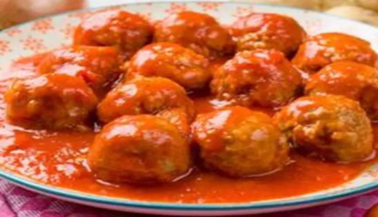 Eten we vanavond gehackt-balletjes in tomatensaus?